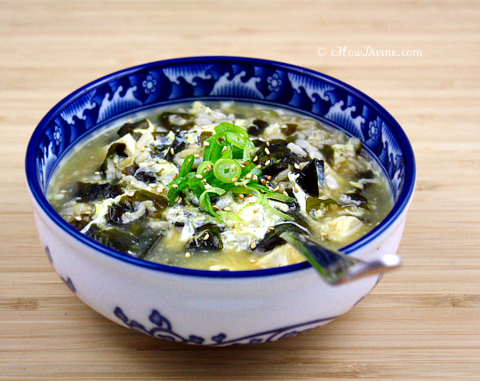Miyeok juk korean sea vegetable porridge chow divineow divine miyeok juk korean sea vegetable porridge forumfinder Image collections