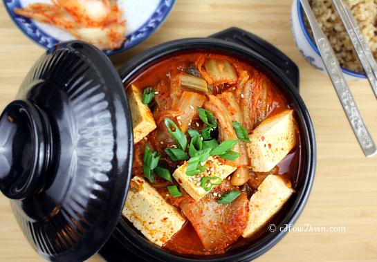 ... kimchi kimchi soup with tofu and spinach mak kimchi kimchi quick