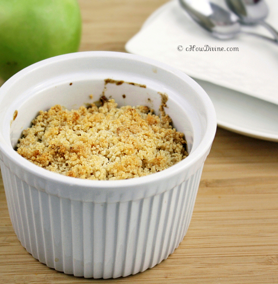 Guilt-Free Apple Crumble | cHow Divine