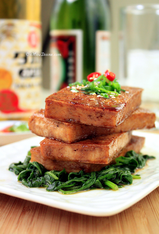 Seared Tofu with Soy-Maple Glaze | cHowDivne.com